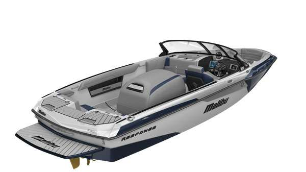 2019-Malibu-TXi-Rear-View-Starboard